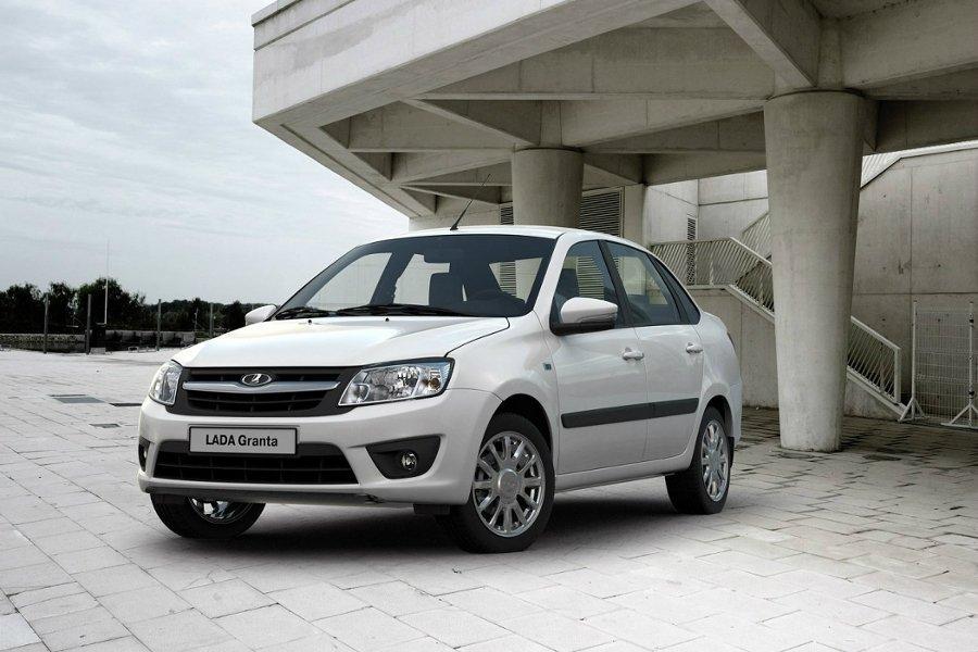 Всередине осени продажи компании «АвтоВАЗ» в Российской Федерации увеличились на13%