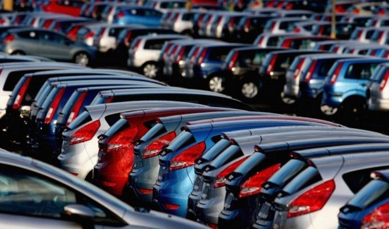 Русский рынок автомобилей уменьшился на3,2% вследующем году