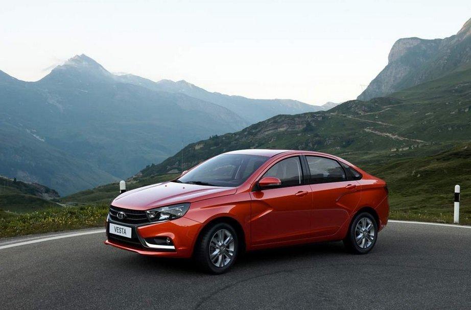 В Екатеринбурге выросли продажи легковых автомобилей